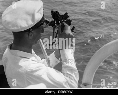 transport, transportation, navigation, nautical instruments, sextant, determination of position on a German merchant - Stock Photo