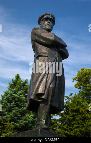 Statue of Captain Smith, RMS Titanic, Beacon Park, Lichfield, Staffordshire, England, UK - Stock Photo