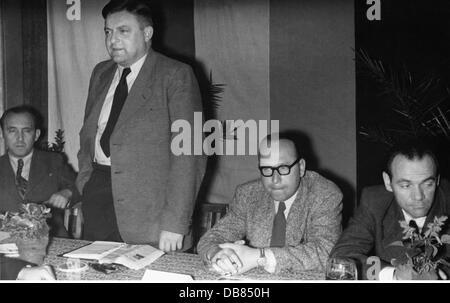 Strauss, Franz Josef, 6.9.1915 - 3.10.1988, German politician (CSU), secretary-general of the Christlich-Soziale - Stock Photo