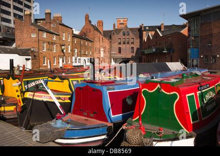 UK, England, Birmingham, narrowboats moored in Gas Street Basin - Stock Photo