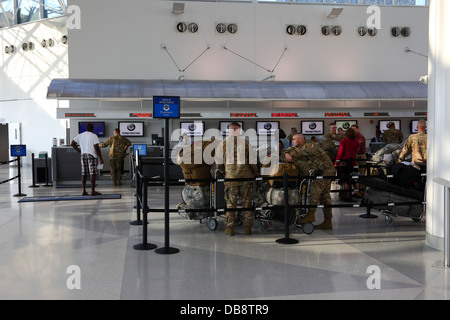 US Army soldiers wait to check in for overseas duty at Baltimore–Washington International Airport ( BWI ), Maryland, - Stock Photo