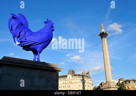London, UK, 25 July 2013. A giant blue cockerel  erected on fourth Plinth in London's Trafalgar Square. Credit : - Stock Photo