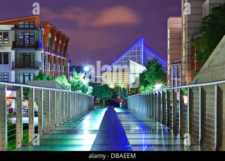 Urban scene in downtown Chattanooga, Tennessee, USA. - Stock Photo