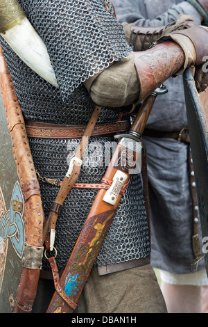 anglo saxon warfare spear sword battle Medieval collectibles has viking spears, roman spears, thrusting spears, boar  spears, throwing  the spear is a relatively low in cost compared to a sword or  axe  the 54 inch ash pole stave is the perfect height for a war axe or spear.