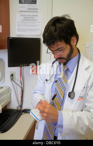 Miami Beach Florida Mount Mt. Sinai Medical Center centre hospital doctor's examination room intern medical student - Stock Photo