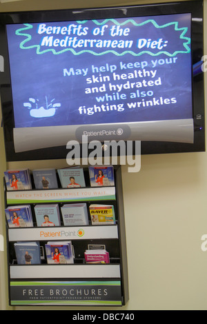 Miami Beach Florida Mount Mt. Sinai Medical Center centre hospital doctor's waiting room office free brochures information - Stock Photo