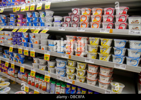 Fort Lauderdale Ft. Florida Winn Dixie grocery store supermarket food competing brands sale retail display shelves - Stock Photo