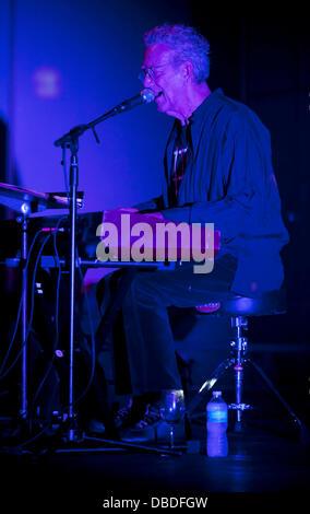 ... Ray Manzarek Former keyboardist for The Doors Ray Manzarek and Legendary blues guitarist Roy Rodgers perform  sc 1 st  Alamy & Ray Manzarek Former keyboardist for The Doors Ray Manzarek and ...