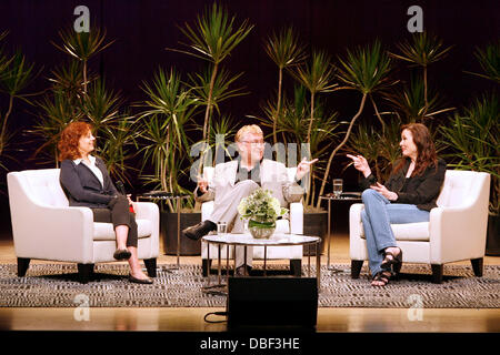 Susan Sarandon, Richard Ouzounian, and Geena Davis 'Thelma & Louise' The 20th Anniversary Homecoming at the Roy - Stock Photo