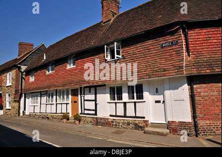 Cottages along Middle Street, Petworth, West Sussex, England, UK, Western Europe. - Stock Photo
