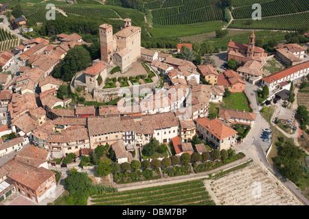 SERRALUNGA D'ALBA CASTLE (aerial view). In the Langhe Hills, Piedmont, Italy. - Stock Photo