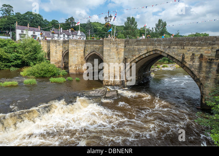 The bridge over the River Dee at Llangollen in Denbighshire North Wales. - Stock Photo