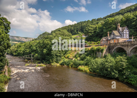 River Dee at Berwyn station near Llangollen in Denbighshire North Wales. - Stock Photo