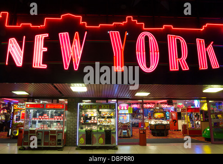 31/07/2013 New York amusement arcade neon sign on the seafront in Southend-on-Sea - Stock Photo