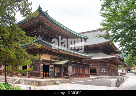 Ancient temples entirely of wood in Kamakura - Stock Photo