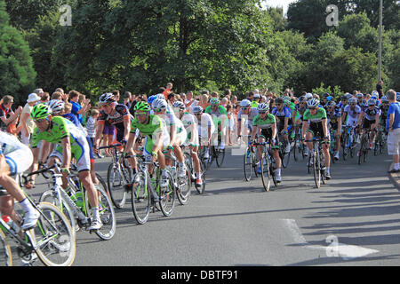 Prudential RideLondon London-Surrey Classic. Sunday 4th August 2013. 150 top international professional cyclists - Stock Photo