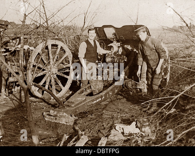 British Field Howitzer in France during WW1 - Stock Photo