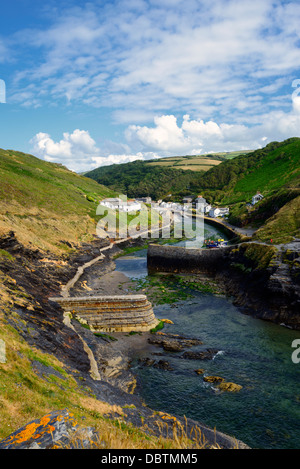 Steep cliffs and harbour at Boscastle, a small fishing village on the north coast of Cornwall - Stock Photo