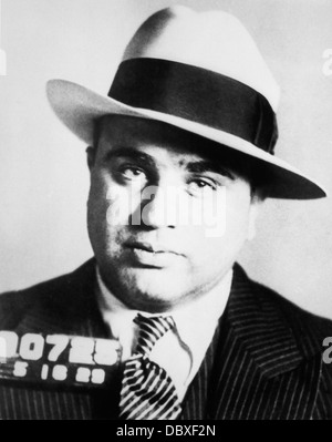 1920s PRISON MUG SHOT OF CHICAGO GANGSTER SCARFACE AL CAPONE - Stock Photo
