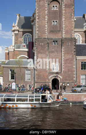 Westerkerk church by the Prinsengracht canal in Amsterdam, Holland, Netherlands. - Stock Photo