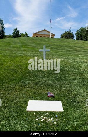 Edward Moore Kennedy Grave, Arlington Cemetery, Virginia, USA - Stock Photo