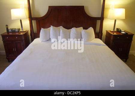 Florida Weston Fort Ft. Lauderdale Bonaventure Resort and & Spa hotel guest room king size bed made furniture - Stock Photo