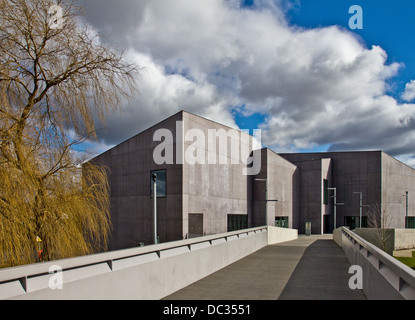 Hepworth Wakefield is an art gallery in  Wakefield, West Yorkshire, England, UK United Kingdom Europe - Stock Photo