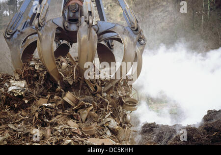 Unloading scrap at port of Pasajes. Guipuzcoa. Spain - Stock Photo