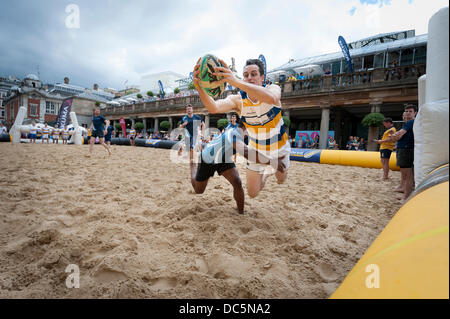 London, UK, 9th August, 2013. Covent Garden hosts the inaugural Doom Bar London Beach Rugby tournament, the location - Stock Photo
