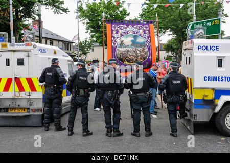 Belfast, Northern Ireland. 10th August 2013 - Orange Order parade is prevented from proceeding up the Crumlin Road - Stock Photo
