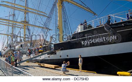 Famous Russian sailing ship Kruzenshtern in Tallinn. Visitors, line - Stock Photo