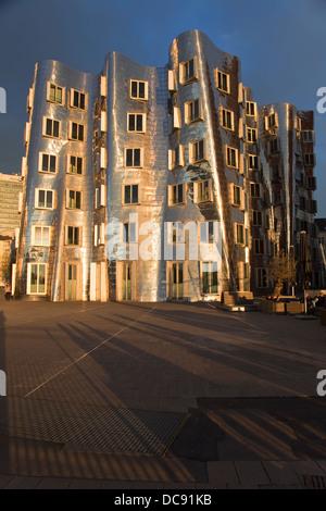 Europe, Germany, North Rhine Westphalia, Dusseldorf, Media Harbour, Neuer Zollhof,Gehry buildings,Gebäude B - Stock Photo