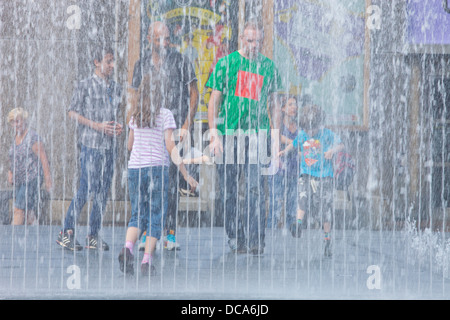 People Playing In The Appearing Rooms, Interactive Water Fountains, The South Bank, London, England - Stock Photo