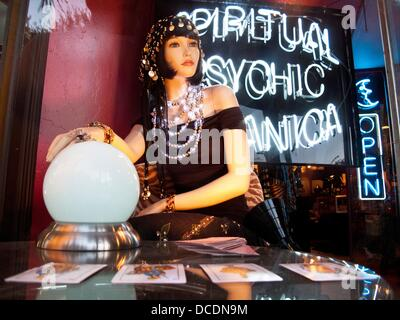 Psychic storefront display - Stock Photo
