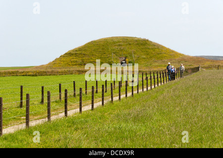 Maes Howe chambered tomb on Mainland, Orkney. - Stock Photo