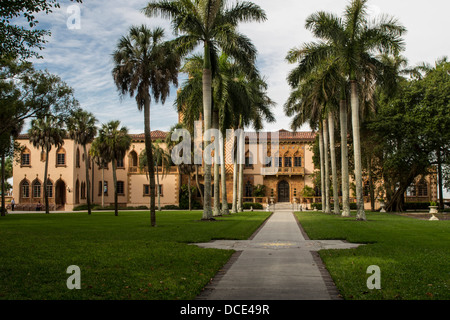USA, Florida, Sarasota. Ca' d'Zan, Venetian Gothic mansion built for Mable and John Ringling. - Stock Photo