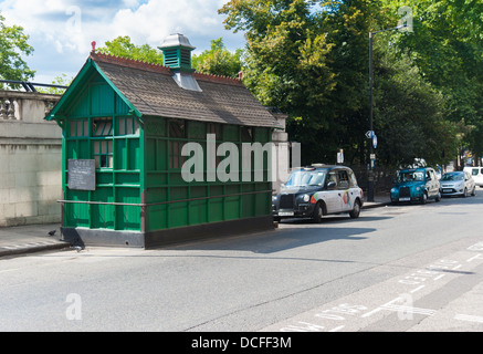 A Cabman's shelter, London. - Stock Photo