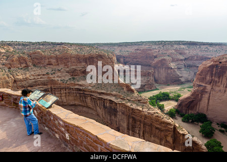 The Antelope House overlook on the North Rim at Canyon de Chelly National Monument, Chinle, Arizona, USA - Stock Photo