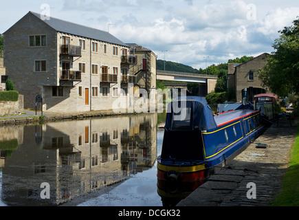 The Calder & Hebble Navigation at Elland, West Yorkshire, England UK - Stock Photo
