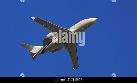 Canadair CL-600-2B16 Challenger 601-3A, C-FJNS, Skyservice Aviation taking off from Ottawa International Airport, - Stock Photo