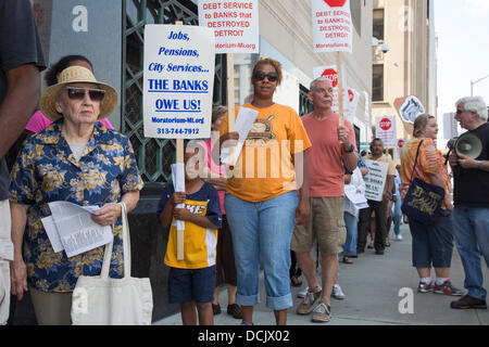 Detroit, Michigan USA. Detroit public employees, members of the American Federation of State, County and Municipal - Stock Photo