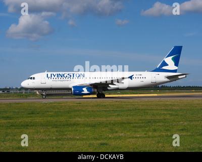 EI-EWO Livingston Airbus A320-232 - cn 2496 taxiing 19july2013 pic-006 - Stock Photo