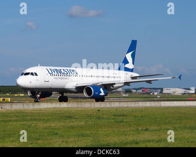EI-EWO Livingston Airbus A320-232 - cn 2496 taxiing 19july2013 pic-001 - Stock Photo