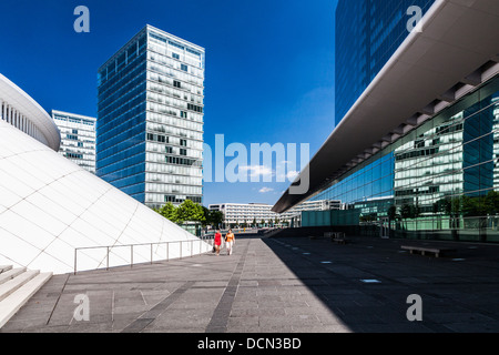 The European Conference & Congress Centre (right) and part of the Philharmonie concert hall (left) in Luxembourg - Stock Photo