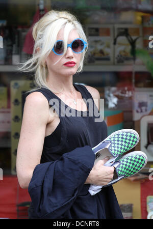 London, UK, 20th August 2013. Gwen Stefani seen in Primrose Hill © WFPA/Alamy Live News - Stock Photo