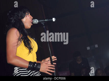 Melanie Fiona  performs at the Gulfstream Casino during the inaugural 'Walk A Mile In Her Shoes Cocktail Party' - Stock Photo