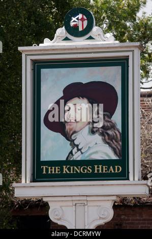 The Kings Head pub sign, Wellesbourne, Warwickshire, UK - Stock Photo