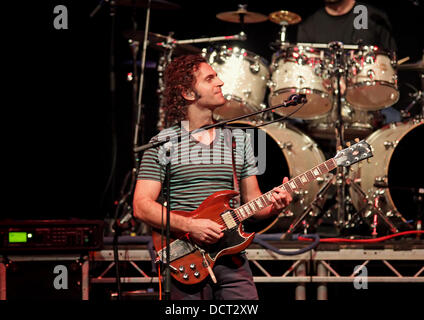 Dweezil Zappa Tour  Uk