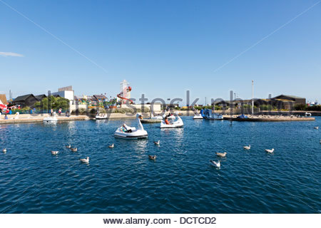 Hastings Boating lake with swan shaped pedalo boats - Stock Photo