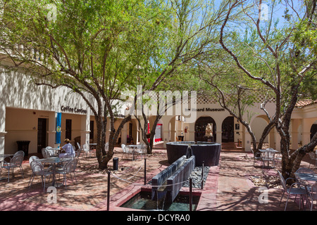 Cafe in the courtyard at The Heard Museum of Native Cultures and Art, Phoenix, Arizona, USA - Stock Photo